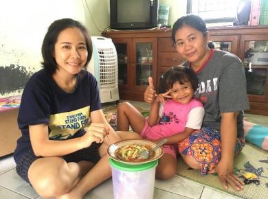 Khammoun Xayalath (Lao) Laotian cucumber salad host in Indonesia