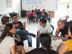 Students learn to articulate their faith with confidence and understanding through in-church workshops facilitated by at Seminario Bíblico Menonita de Colombia. Photo: Eric Martin